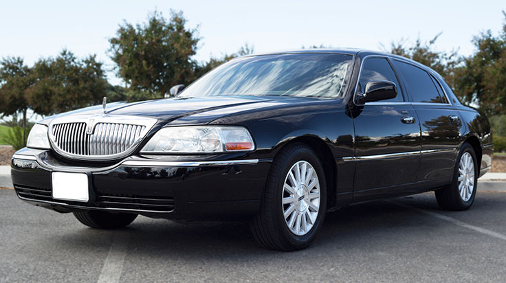Lincoln Town Car 2016 >> Lincoln Town Car Omega Royal Transportation
